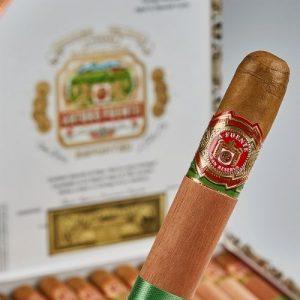 box of Chateau De La Fuente cigars